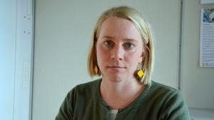 Korsholms kultursekreterare Annica Reini i sitt rum i ämbetshuset.