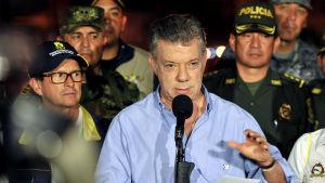 President Juan Manuel Santos talar i Mocoa 3.4.2017