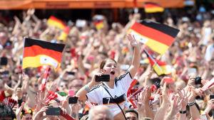 Tyska fotbollsfans efter VM-guldet 2014.