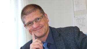 Jarmo Kantonen är chef för hälsovårdstjänsterna i Vanda.