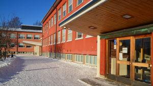 Kvarnbackens skola under vinter