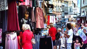 Turistit ostoksilla