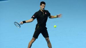 Novak Djokovic vann lätt över Stanislas Wawrinka.