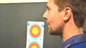 Antti Tekoniemi har skjutit 300 000 skott på 10 år.
