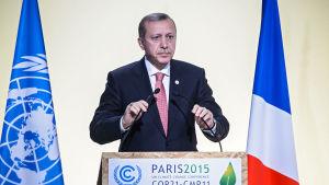 Turkiets president Recep Tayyip Erdoğan vid FN:s klimatmöte i Paris 2015.