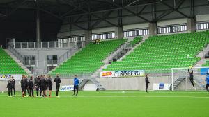 Vps tränar inför första matchen på nya stadion.
