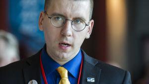 Sebastian Tynkkynen, ordförande för Sannfinländarnas ungdomsförbund.