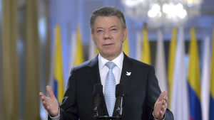 Colombias president Juan Manuel Santos meddelar att fred har slutits med Farc.