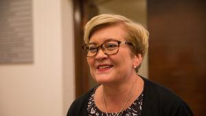 Anu Vehviläinen kunta ja uudistusministeri