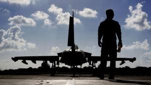 Brittiskt stridsflyg som deltar i den USA-ledda koalitionens offensiv mot IS i Mosul.