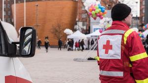 Suomen punainen ristin rasismin vastainen viikko maaliskuu 2017 Helsinki Kamppi