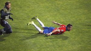 Mauricio Isla matchvinnare mot Uruguay i Copa America-kvarten