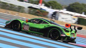 Rory Penttinen kör en GT3-bil.