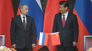 Kinas president Xi Jinping tog emot Rysslands president Vladimir Putin i Shanghai