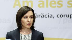 Maia Sandu, moldavisk presidentkandidat vid en presskonferens efter valet 13.11.2016