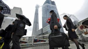 Affärsmän i Tokyo.