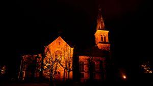 fasadbelysta sibbo kyrka