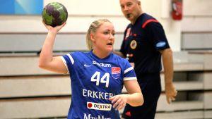 Dickens Carolina Böckelman 2015.