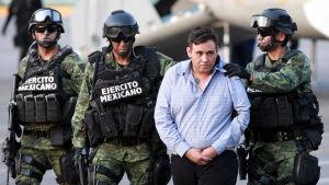 Ledaren för drogkartellen Los Zetas, Omar Trevino Morales, greps av mexikansk polis 4.3.2015.