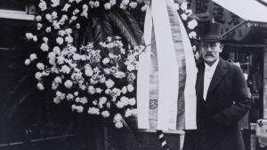 G. J. Ramstedt representerade Finland vid den japanska kejsarens begravning 1927.