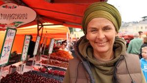 Ancelikh Kaspinen, torgförsäljare på Salutorget