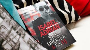 Isabel Adrians bok Sex, droger och en dj.