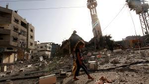 Förstörd moské i Gaza.