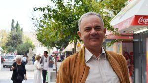 Sotiris Bletsas är en arumänsk aktivist.