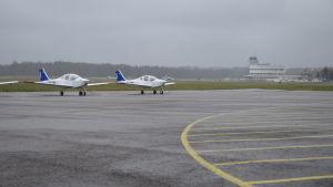 malms flygplats