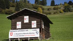 Valaffish för SVP:s Magdalena Martullo-Blocher och Livio Zanolari i Peist, Schweiz.