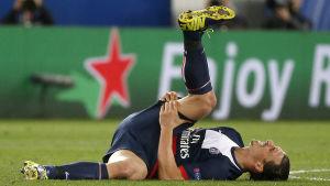 Zlatan skadade sig i hemammatchen mot Chelsea.