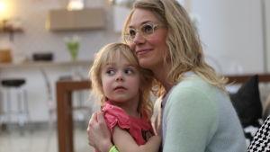 Eva kela med dotter