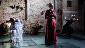 scen ur föreställningen Passio.