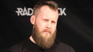 Tränaren Johan Lindström inför Robert Helenius match mot Johann Duhaupas.