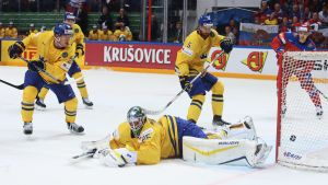 Jacob Markström storspelar i Sveriges mål.