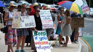 Demonstration som välkomnar flyktingar i Brisbane.