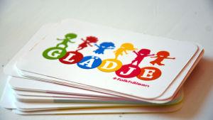 Bild på kort som används på kurs i positivt föräldraskap
