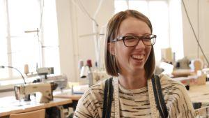 Ida Blomström, studerande på pälslinjen i Centria