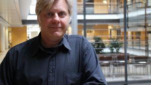 Tutkimusjohtaja Juha Klefström Helsingin yliopistosta.