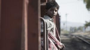 Sunny Pawar elokuvassa Lion