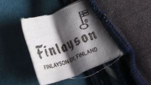 Finlaysons varumärkeslapp på ett tyg.
