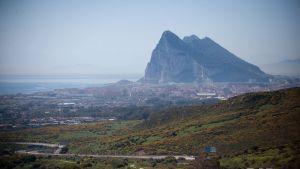 Gibraltar vid Spaniens sydkust har hört till Storbritannien sedan år 1713.