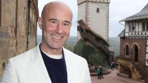 Mark Levengood, kasvokuva
