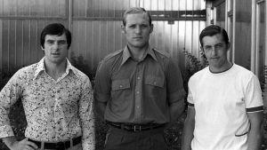 Alexander Charlamov, Vladimir Petrov och Boris Michailov i civila kläder.