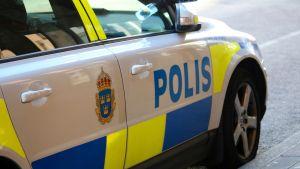 Svensk polisbil.