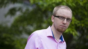 Simon Elo, Chairman of the Uusi vaihtoehto group.