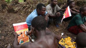Bybor får upplysning om ebola