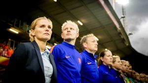 Sarina Wiegman-Glotzbach leder Hollands damlandslag.