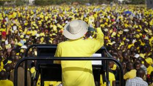 ugandas president yoweri  museveni