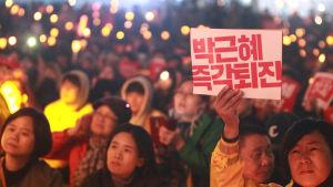 Protester mot presidenten i sydkorea